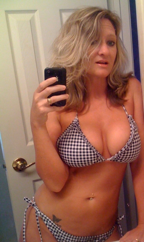 Hot Nude Nylon interracial retro